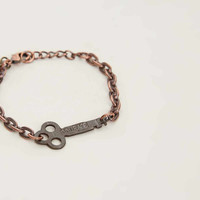 THE GIVING KEYS COURAGE BRACELET