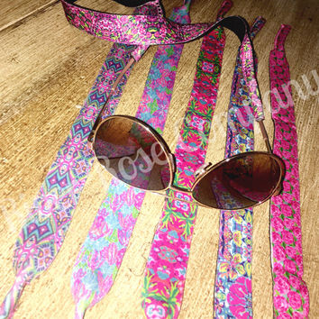 Lilly Pulitzer Monogram Kroakies  | Lilly Sunglass Straps | Lilly Pulitzer Sunglasses| monogram croakies | monogram kroakies