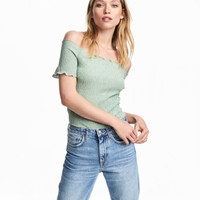 H&M Crinkled Off-the-shoulder Top $14.99