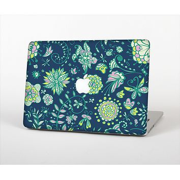 The Dark Blue & Pink-Yellow Sketched Lace Patterns v21 Skin Set for the Apple MacBook Pro 13""