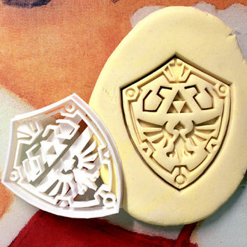 Zelda Link Shield Cookie Cutter - Made from Biodegradable Material