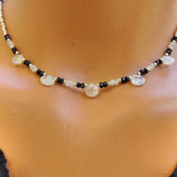 Moonstone and black spinel choker, gemstone choker, moonstone necklace, spinel necklace, beaded choker, gemstone necklace, gifts for her