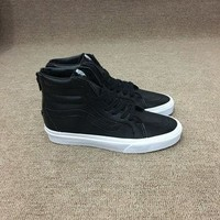 Vans classic all black shoes with zipper for men and women skateboarding sneakers