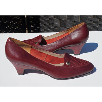 Vintage Florsheim Signature Pumps, 80s Shoes, Burgundy Wine, Oxblood, Medium Heels, 6B, Preppy, Career,