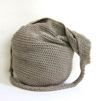 Vintage woven bucket bag. cross body purse. boho bag / crochet knit handbag