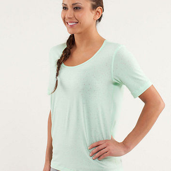 drish tee | women's tops | lululemon athletica