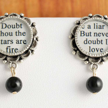 Hamlet Pearl Drop Earrings - William Shakespeare - Classic Literature / Theatre Jewelry