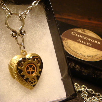 Neo Victorian Vintage Clockwork Steampunk Heart LOCKET Necklace - Great VALENTINES DAY Gift (1568)