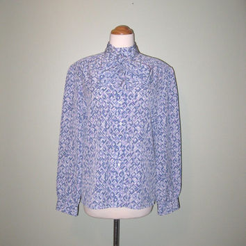 Vintage 70s / 80s Lavender Bow Neck Blouse / Button Down Blouse / Pendleton Blouse / Women / S / M