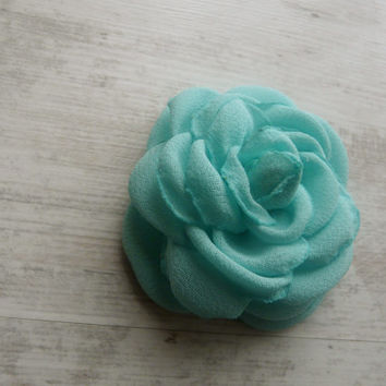 Light Green Wedding Hair Flower, Mint Green Hair Clip, Green Hair Fascinator, Green Bridal Hair Accessory, Aqua Green Sea Foam Hair Clip