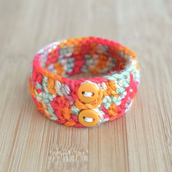 Cuff bracelet, bright bangle crochet bracelet, knitted jewelry, fall trends, rainbow bracelet, textile jewelry, boho chunky knit bracelet