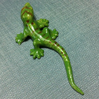 Miniature Ceramic Gecko Lizard Reptile Animal Cute Little Tiny Small Green Figurine Statue Decoration Hand Painted Craft Collectible Figure