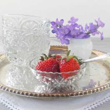 Vintage Cut Glass Scalloped Edge Dessert Bowls, Set of 6, Berry Bowls, Sauce Bowls, Clear Glass, Tea Parties, Glassware, Housewares