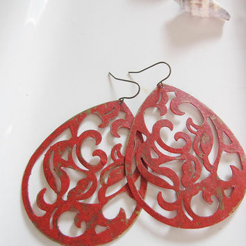 Red Metal Filigree Earrings - Dramatic Bold Statement Bohemian Jewelry - Hollywood Glamour