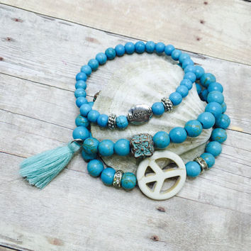 Stackable Bracelet Set Beaded Stretch Bracelets Turquoise Bracelets Boho Jewelry beach jewelry Set of 3 Turquoise  mermaid jewelry