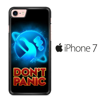 Hitchhiker's Guide To The Galaxy Dont Panic iPhone 7 Case