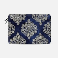 """Cream Floral Moroccan Pattern on Deep Indigo Ink Macbook Pro Retina 13"""" sleeve by Micklyn Le Feuvre   Casetify"""