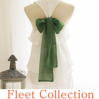 EMERALD AURA Sleeveless Snow White Blouse with Kelly Green Contrast Chiffon Bow Accent & Tiered Flounce Detail