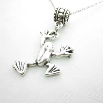 Frog Necklace, Tree Frog Necklace, Frog Charm Necklace, Antique Silver Frog, Animal Charm, Nature Charm X036