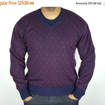 SALE L Vintage 70s 80s Grandpa V-Neck Sweater / Diamond Pattern V-Neck Sweater / Blue Purple V-Neck Sweater / Vintage Winter / Boyfriend Fit
