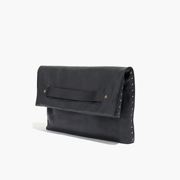 THE INTERMISSION CLUTCH IN STUDPOINT