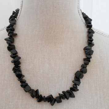 Black stone necklace, birthday gift,  beadwork, costume jewelry, Black stone, mother gift, present for mums, good present, black beads