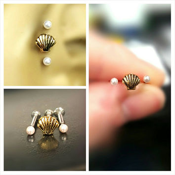 Gold Seashell Pearl Tragus Cartilage Earring Ring Forward Helix Triple Stud 16g Piercing Bar Barbell Surgical Steel 316L Bioplast Jewelry