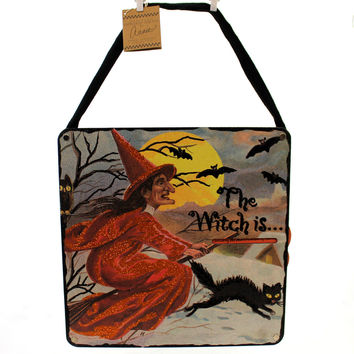 Halloween Countdown The Witch Is ... Halloween Sign / Plaque