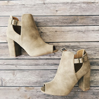 Chester Booties (Stone)
