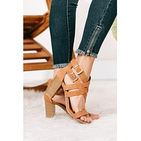 S569 CAMEL DISTRESSED