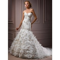 Attractive Sweetheart Sleeveless Organza wedding dress