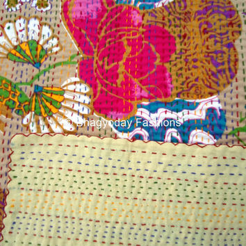 Indian sari Bed Cover  Kantha Quilt Embroidery Bed Cover Handmade blanket bedding Nakshi Throw Decorative Art