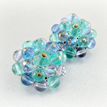 Vintage Crystal Cluster Earrings, Sky Aqua Blue Crystal Earrings, Blue Bead Earrings, Clip-on Earrings, 1950s 1960s Mad Men Costume Jewelry