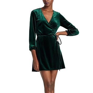 Elegant V-Neck Wrap Dress Women Winter Long Sleeve Velvet Dress Femme 2017 Short Party Dresses Robe Hiver