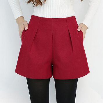 WKOUD Winter Shorts For Women Wool Boots Shorts Candy Colors Zip Up Loose Short Pants With Pockets Female Casual Wear DK6155
