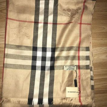 DCCKIN2 Authentic Burberry scarf 100% cashmere