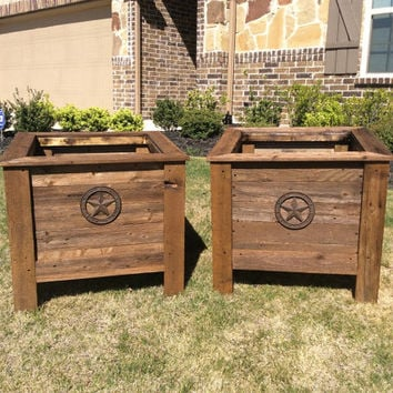 Reclaimed wood planter box rustic Texas Lone Star custom design plants landscaping wooden outdoor patio garden