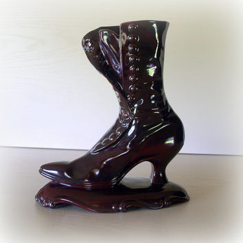 VICTORIAN BOOT VASE Lovely Vintage Tall Shoe Flower Vase Centerpiece Antique Style Ceramic Pottery Old Fashioned Home or Office Decor