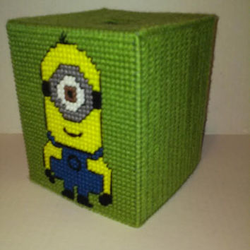 Minion Tissue Box Cover, Boutique Box Cover, Despicable Me, Children's Room Decor, Holiday Gift, Teacher Gift, Plastic Canvas, Free Tissues