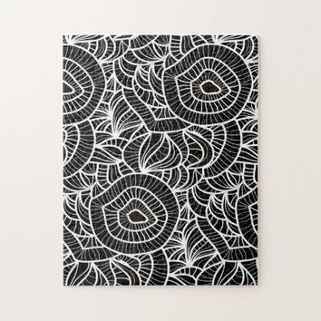 Organic Black & White Repeat Pattern Jigsaw Puzzle