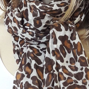Leopard Pattern scarf, long scarf, women scarf, scarves, gift ideas, cotton scarf, fall, winter fashion, fall colors, autumn, brown scarf
