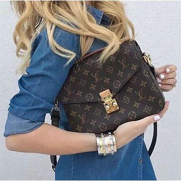 LV Louis Vuitton Classic Fashionable Women Leather Handbag Shoulder Bag Crossbody Satchel I/A