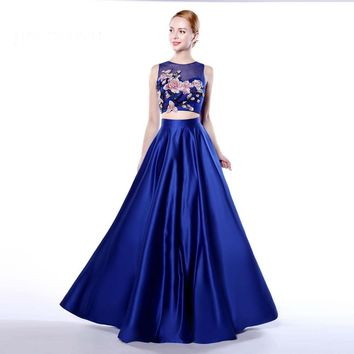 Newest Satin A Line 2 Piece Scoop Neck Long Prom Dresses Sleeveless With Pockets Appliques Floor Length Prom Dress