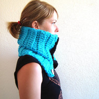 Crochet Cowl, Crocheted Scarf, Buttoned Crochet Scarf, Blue Cowl,