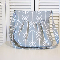 New! Gray and White Arrow Skylar Crossbody Handbag - Woman's Fashion - Year Round Purse