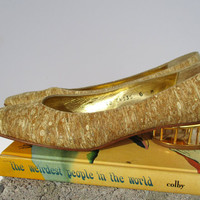 Vintage Timothy Hitsman Gold Metallic Shoes Slip On Loafers Pumps Caged Brass Metal Architectural Cage Heels Size 6 M