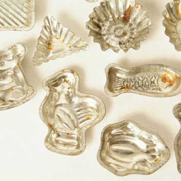 16 Vintage Chocolate Molds a Collection of Tin Miniature Animals and Shapes Set of 16