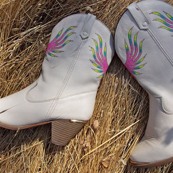 New Hand Painted Women's Cowboy Boots - Dingo Brand - Cowgirl Boots - Country Western - Size 7 M