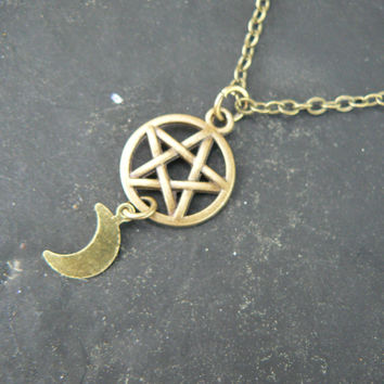 Wiccan necklace Pentacle necklace Goddess necklace Goth necklace witch necklace