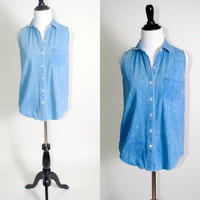 Vintage 1990s GAP Blue denim button down sleeveless denim shirt blouse pockets